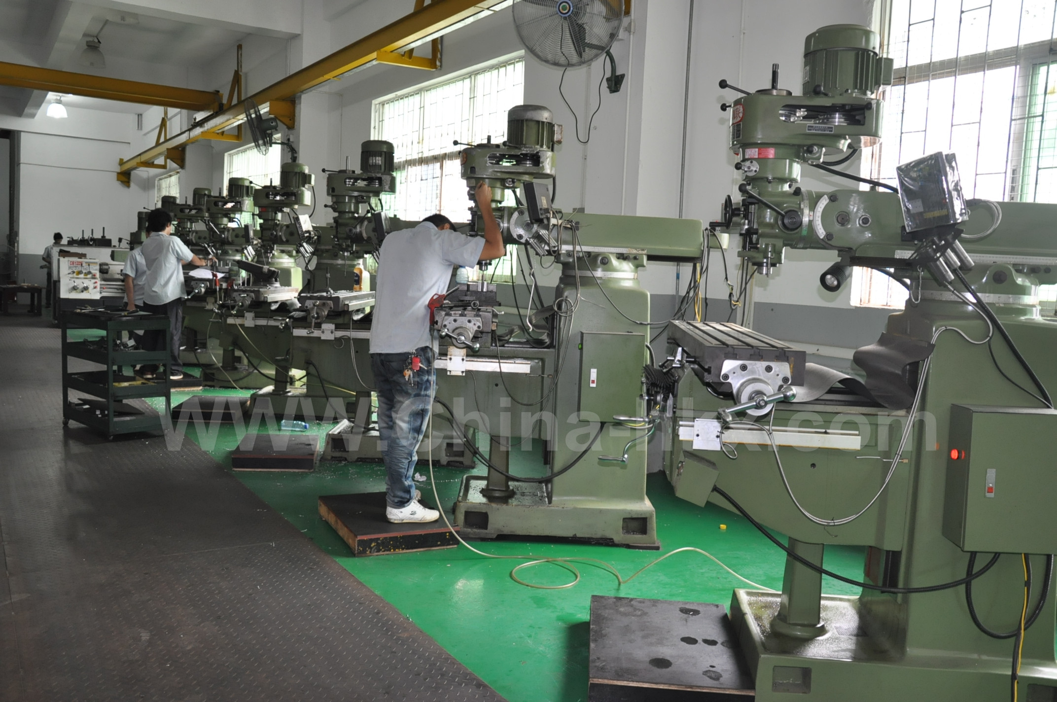 molds manufacture department
